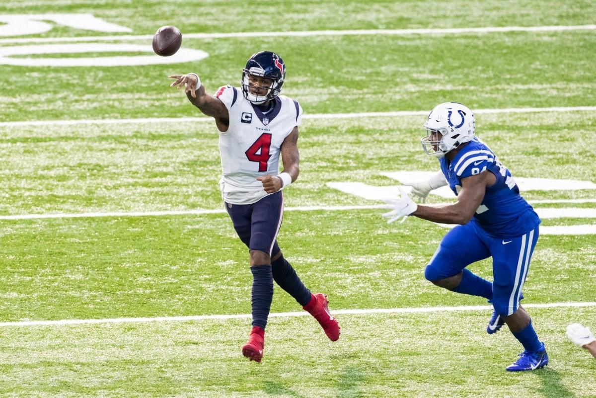 Denver Broncos Given Fourth-Best Odds to Land Houston Texans QB Deshaun Watson through Trade thumbnail