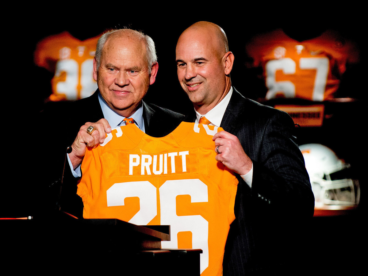 Tennessee AD Phillip Fulmer and Jeremy Pruitt at Pruitt's intro in 2017