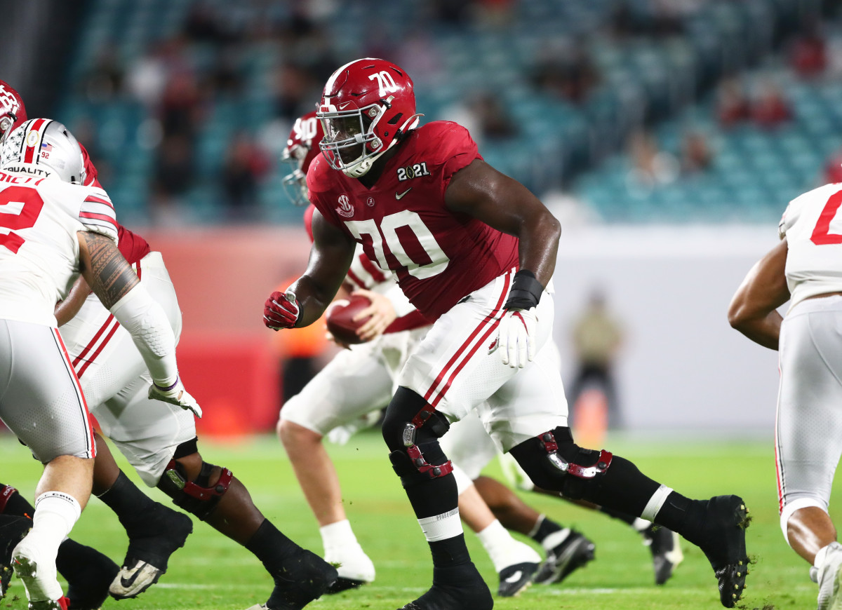Alex Leatherwood will be an offensive lineman to watch in Mobile this week.Mandatory Credit: Mark J. Rebilas-USA TODAY Sports