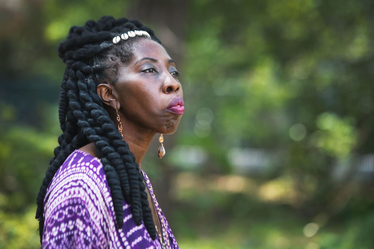 Marquetta Goodwine, also known as Queen Quet, is proud her people left the coastline alone, particularly the stretches of salt marshes critical as habitats. Marquetta Goodwine, also known as Queen Quet, chieftess of the Gullah-Geechee Nation, is pictured at an outdoor market on St. Helena Island on Saturday, April 15, 2017. © LAUREN PETRACCA/Staff
