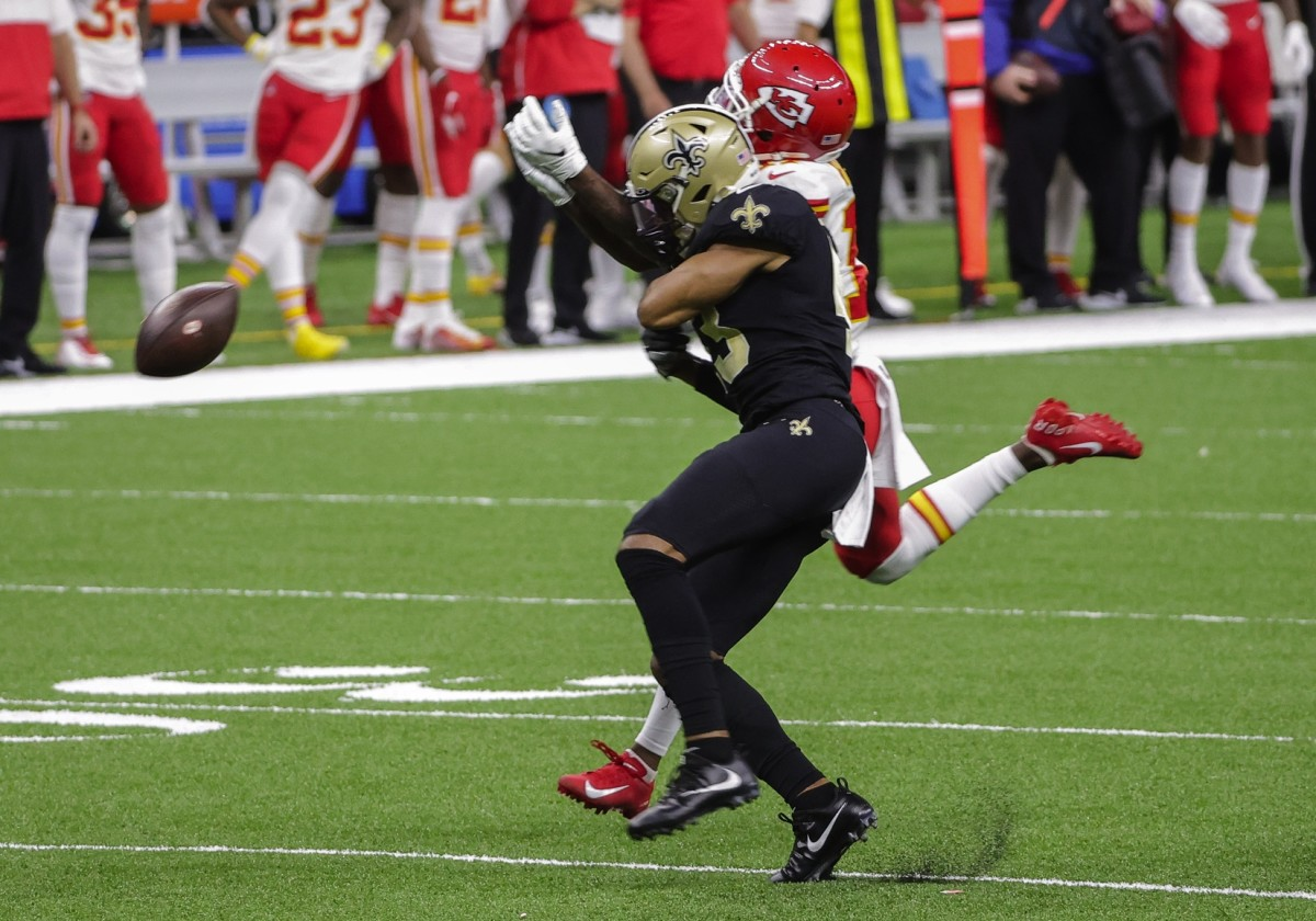 Dec 20, 2020; New Orleans, Louisiana, USA; Saints safety Marcus Williams (43) hits Chiefs wide receiver Tyreek Hill (10) during the first half at the Mercedes-Benz Superdome. Mandatory Credit: Derick E. Hingle-USA TODAY