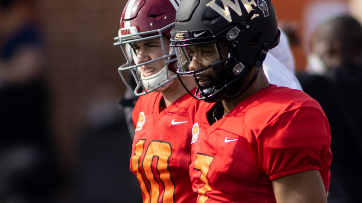 Denver Insider Hints at Broncos Drafting Alabama QB Mac Jones in Round 1 - Sports Illustrated