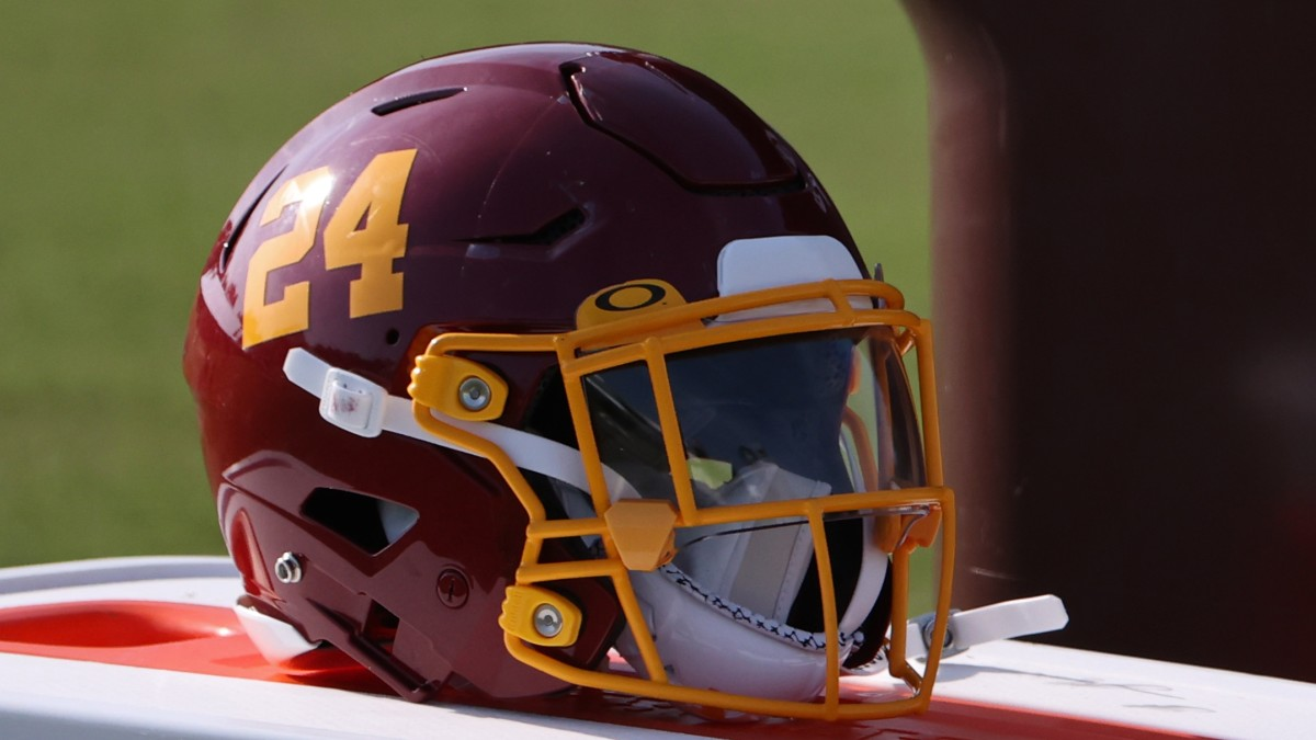 Washington-Football-Team-Helmet