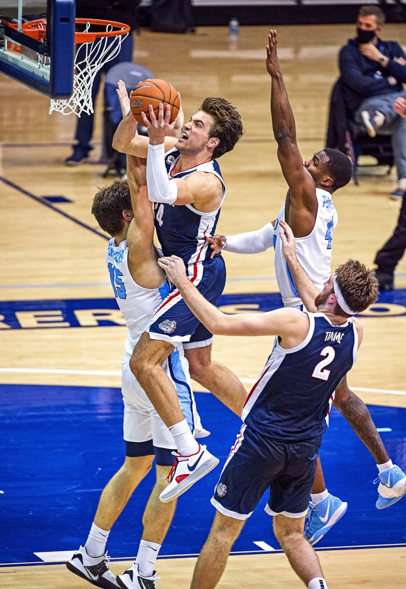 Led by Kispert's 19.5 points per game, Gonzaga is averaging a nation's best 92.7 per contest.