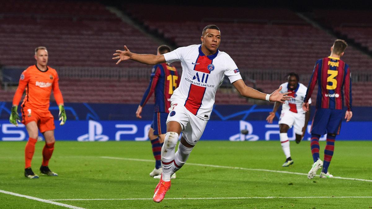 Kylian Mbappe scores for PSG vs Barcelona