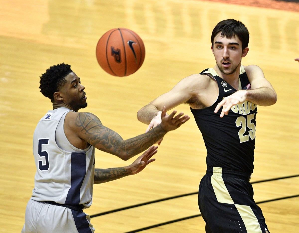 Ethan Morton's freshman season was slowed by mono back in the fall. (USA TODAY Sports)