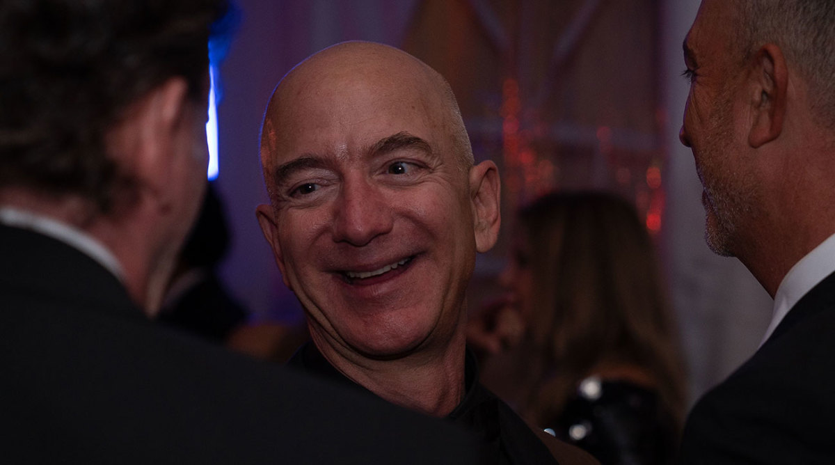 Jeff-bezos-possible-nfl-team-owner