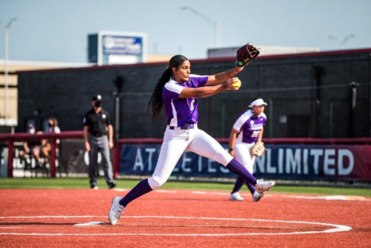 The purple team'sAleshia Ocasio, in Season One.