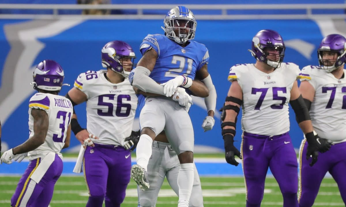 Walker celebrates a sack against the Minnesota Vikings.