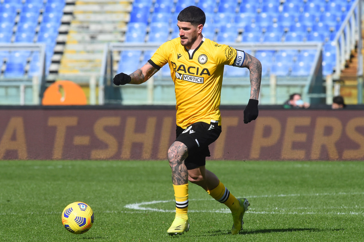 Rodrigo De Paul leading his side forward