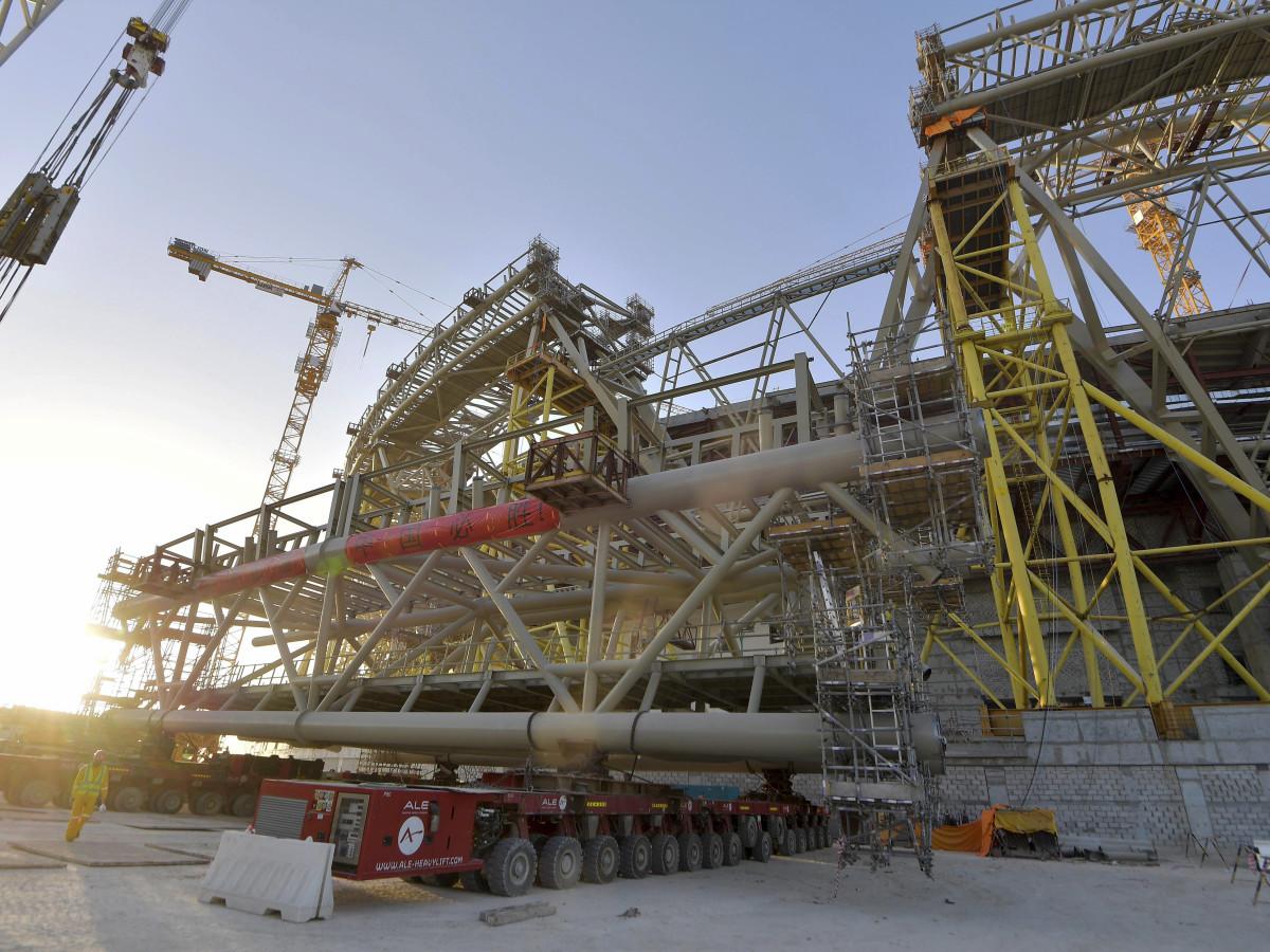 qatar world cup site construction deaths