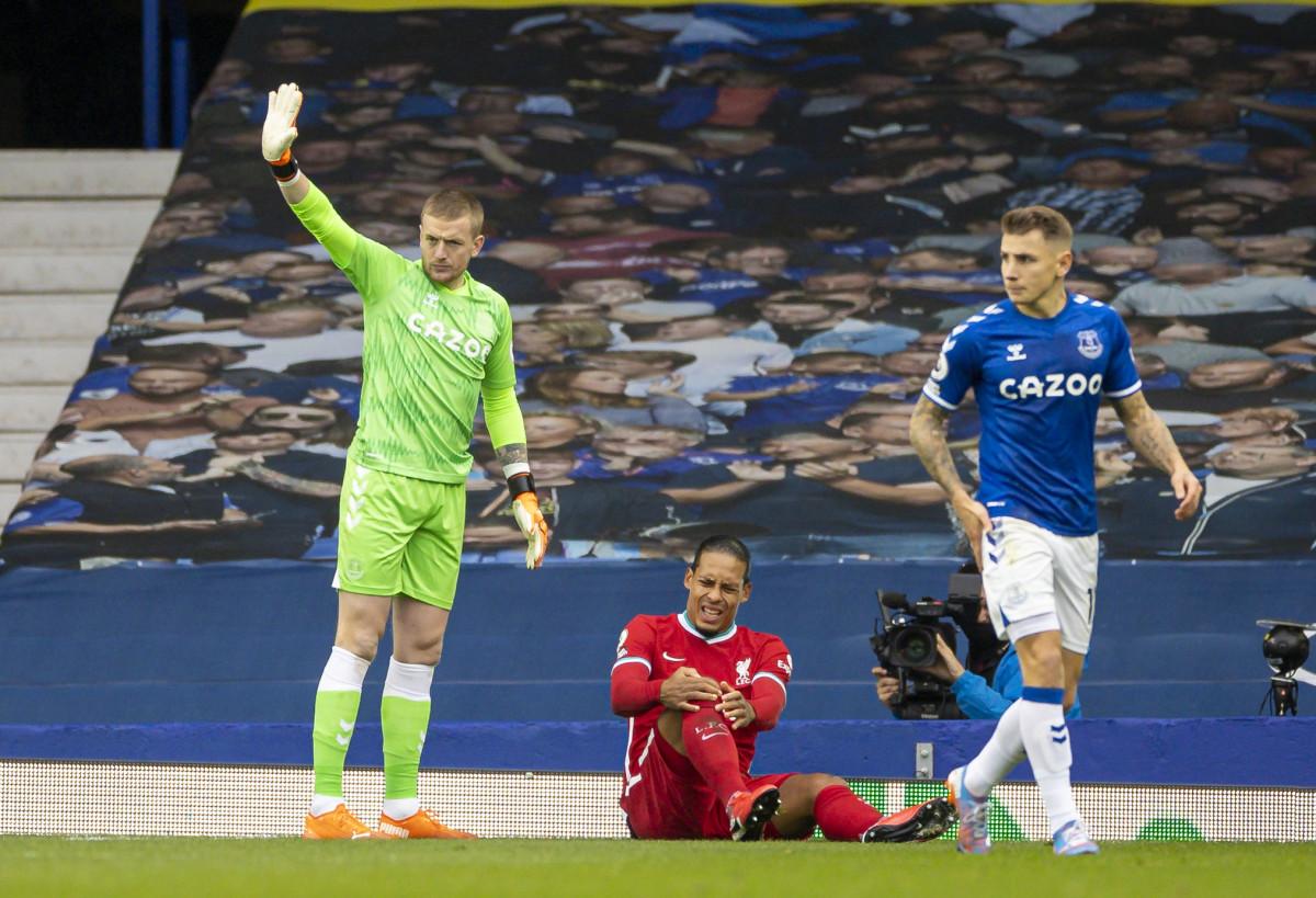 Jordan Pickford and Virgil van Dijk in Liverpool vs Everton match