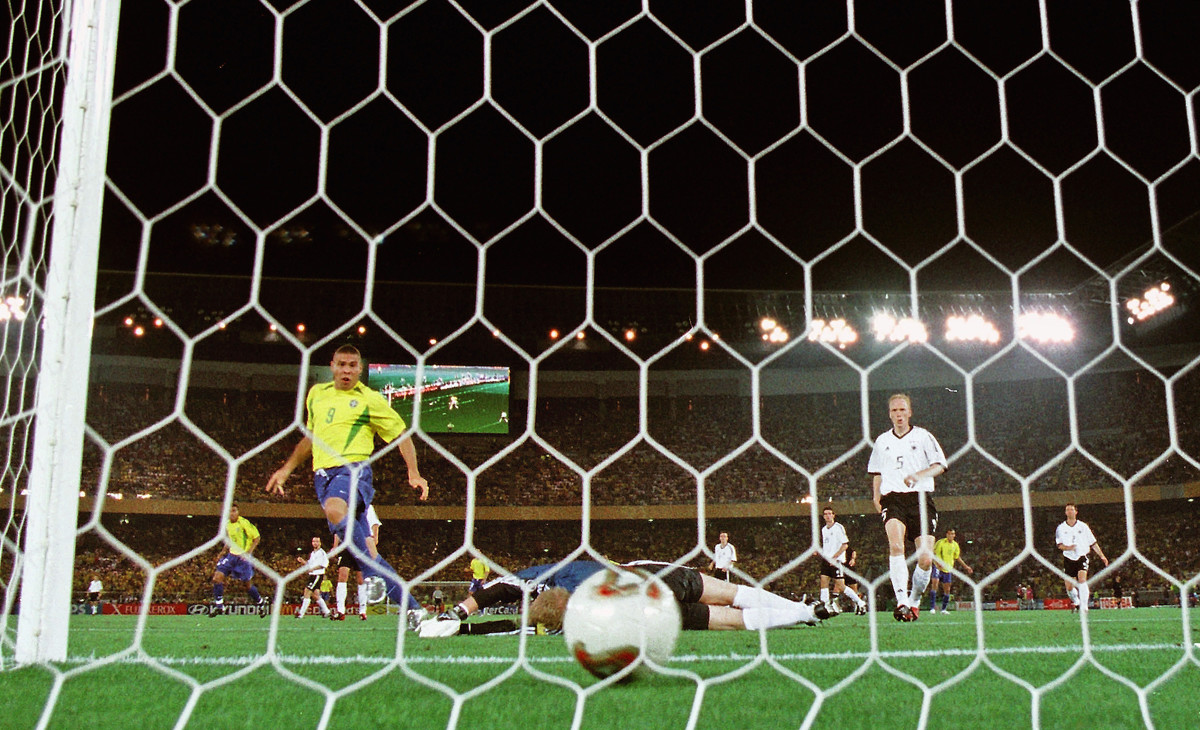 Battling back from knee injuries, Ronaldo scored both goals in the 2002 World Cup final in Yokohama.