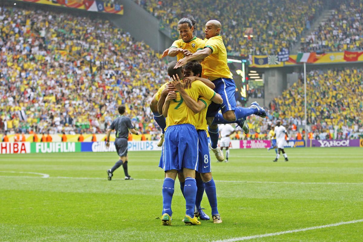 The Seleção was goal-crazy in 2006 with (clockwise from top left) Ronaldinho, Roberto Carlos, Kaká and Ronaldo.