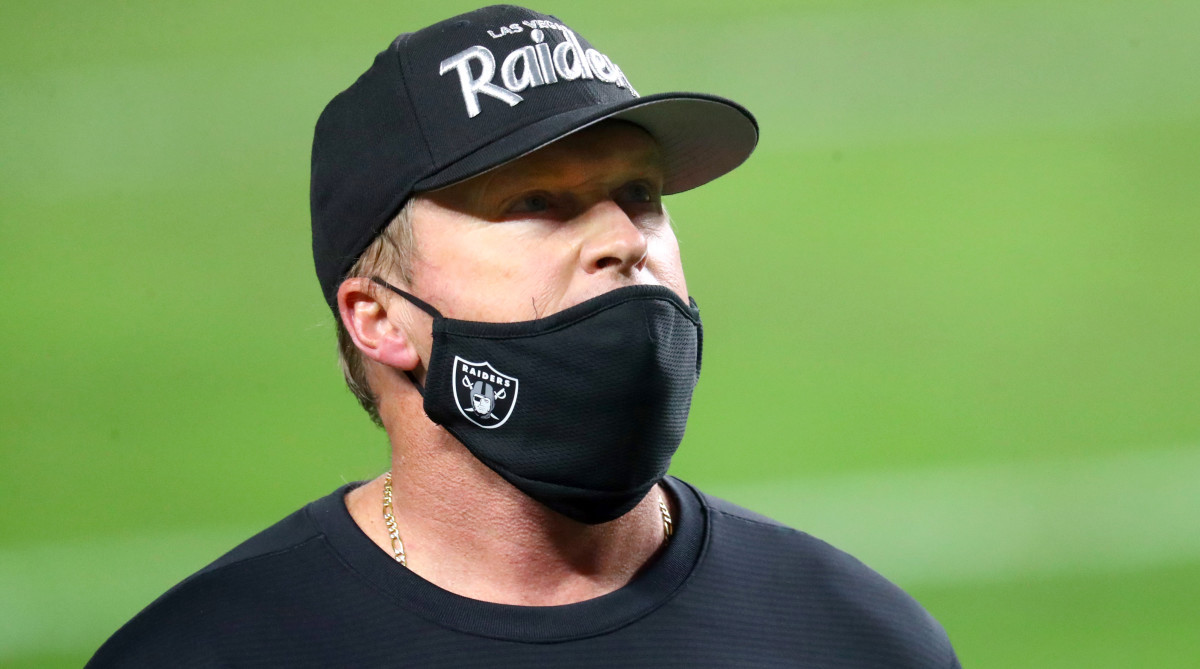 Raiders head coach Jon Gruden