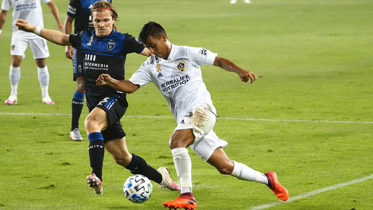 Efrain Alvarez could play for the USA or Mexico