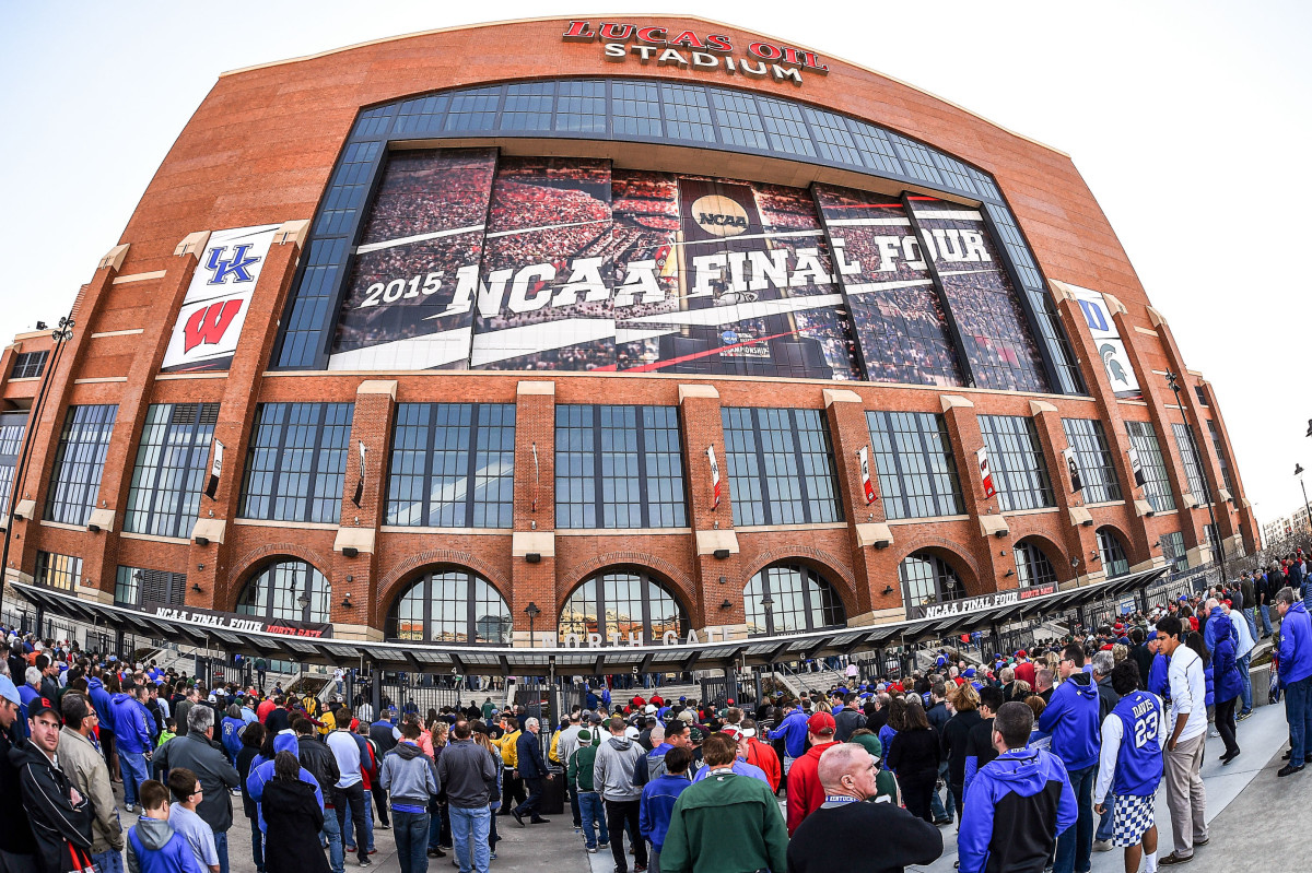 Lucas Oil Stadium in Indianapolis hosted the 2015 Final Four.