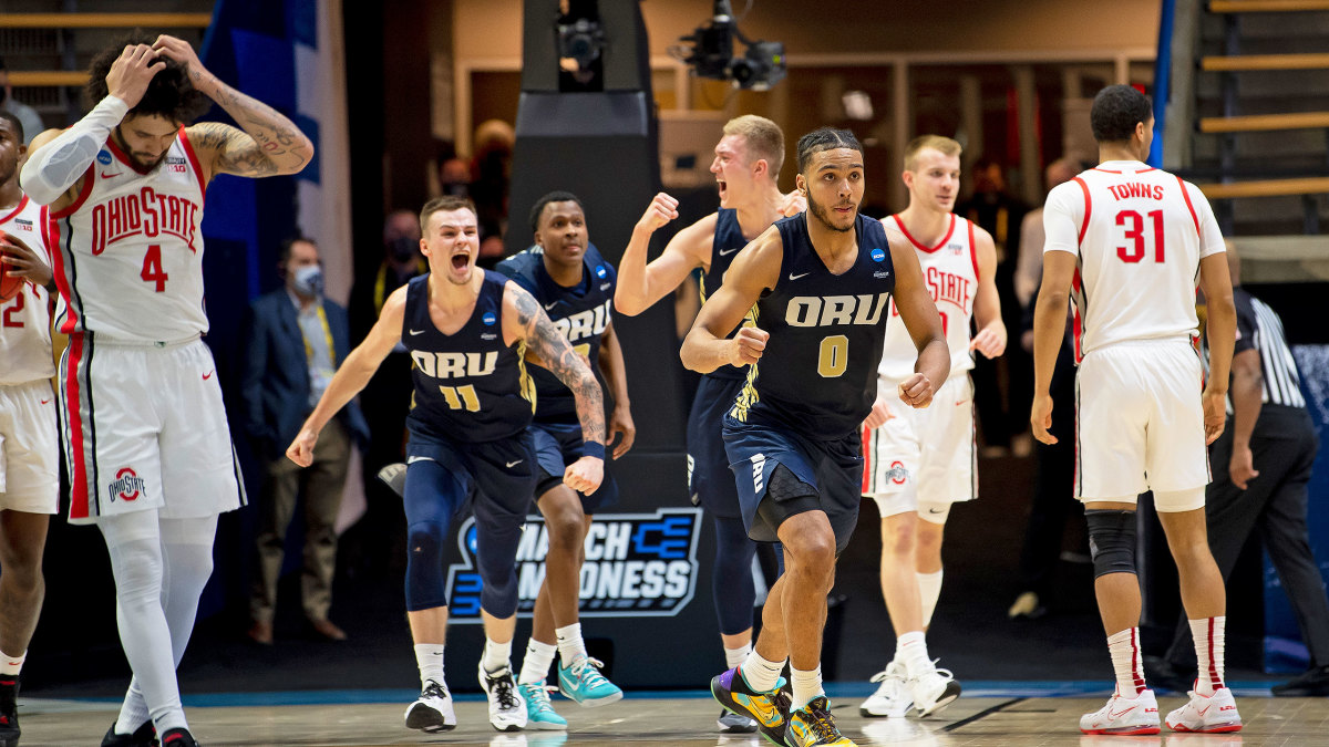 Oral Roberts celebrates an upset of No. 2 seed Ohio State
