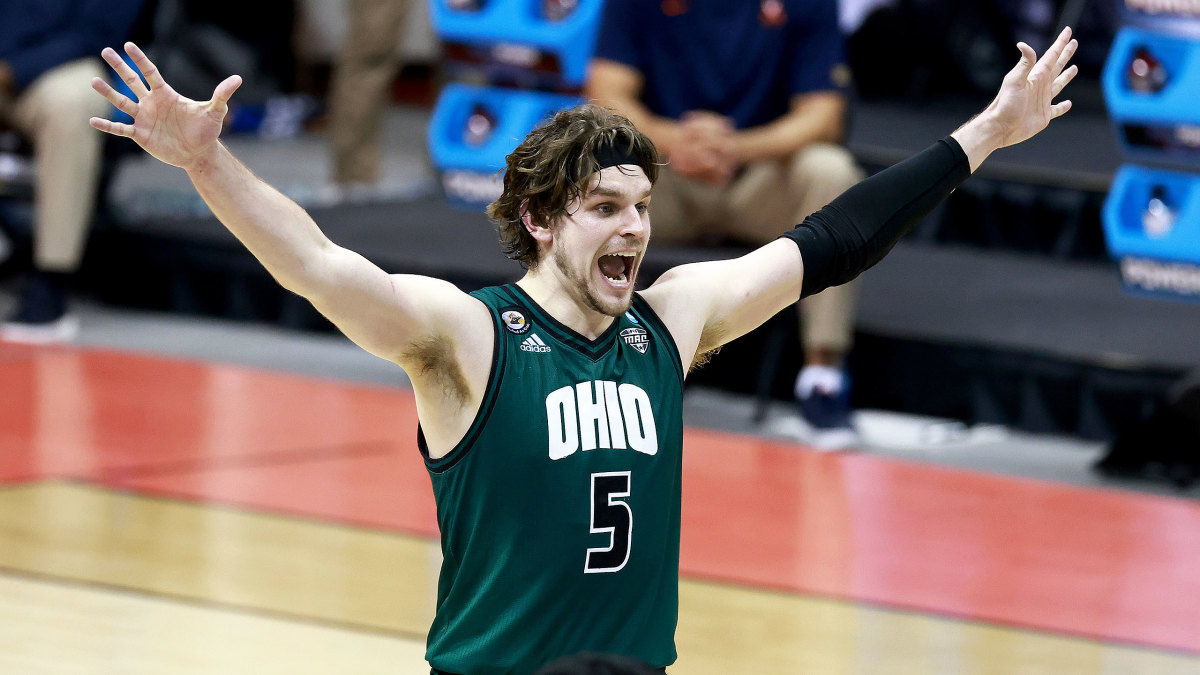 Ohio's Ben Vander Plas celebrates an NCAA tournament win over Virginia
