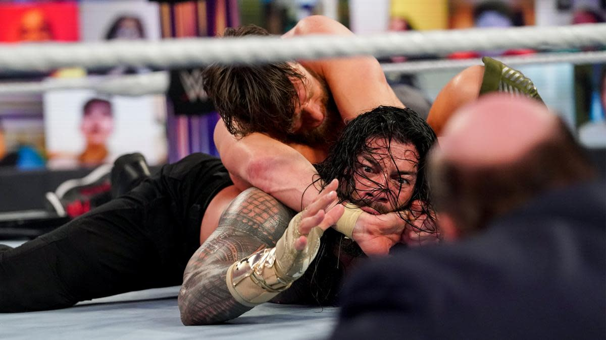 Daniel Bryan and Roman Reigns battle at WWE's Fastlane