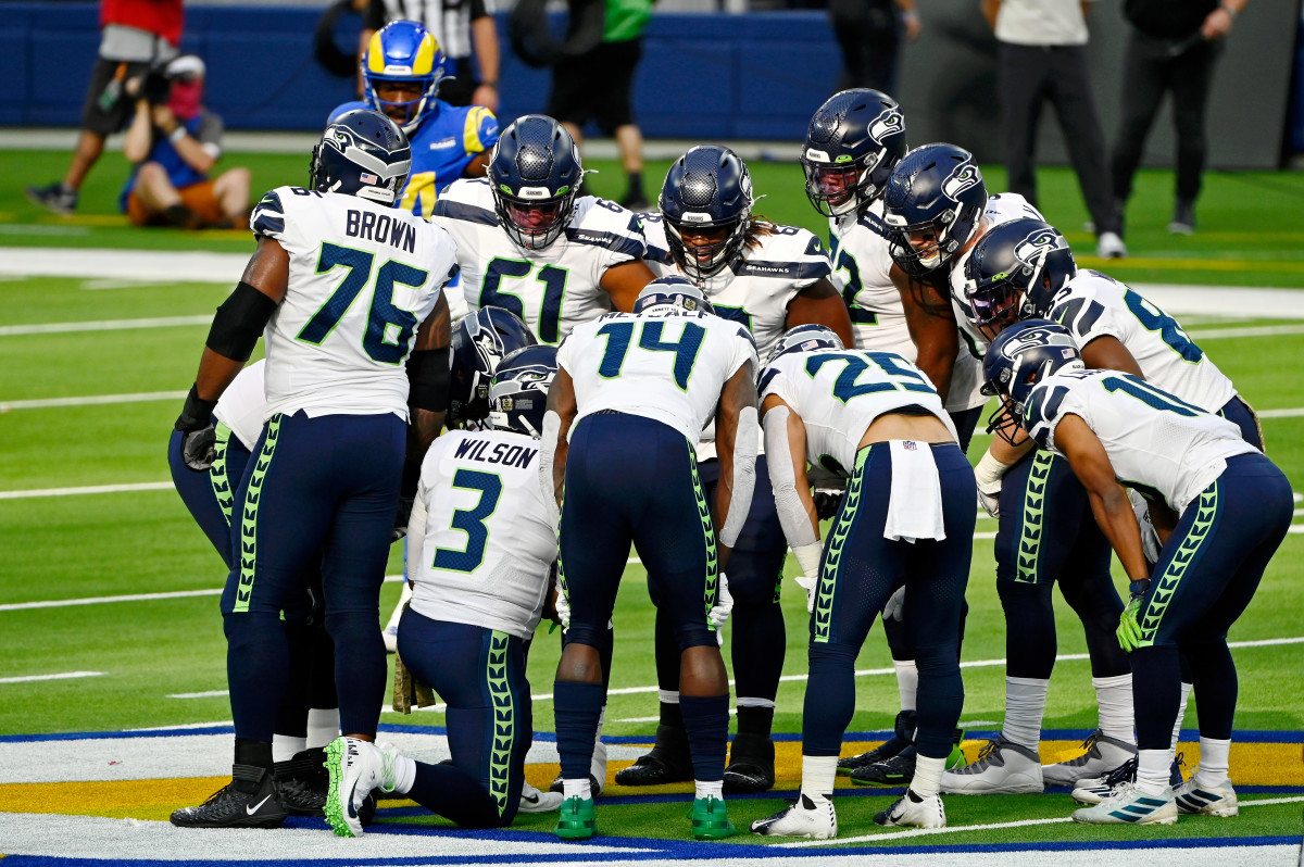 Analysis: Assessing Seahawks' Offensive Position Groups After First Week of Free Agency thumbnail