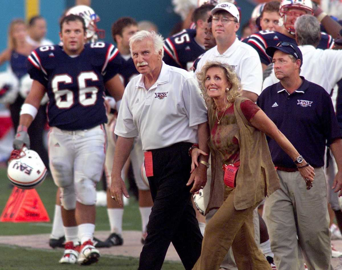 Howard Schnellenberger and wife Beverlee at FAU