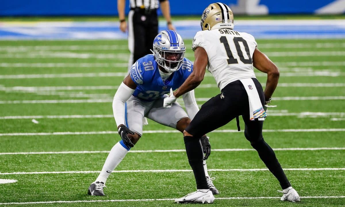 Okudah defends New Orleans Saints receiver Tre'Quan Smith.