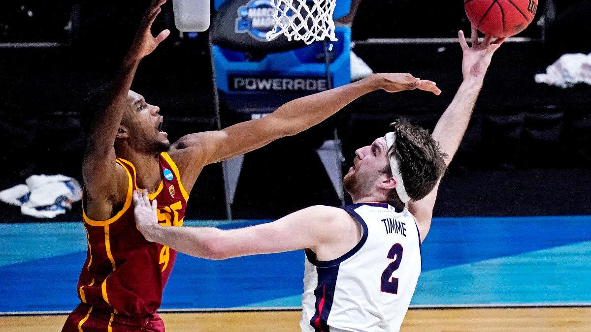Gonzaga's Drew Timme shoots vs. USC's Evan Mobley