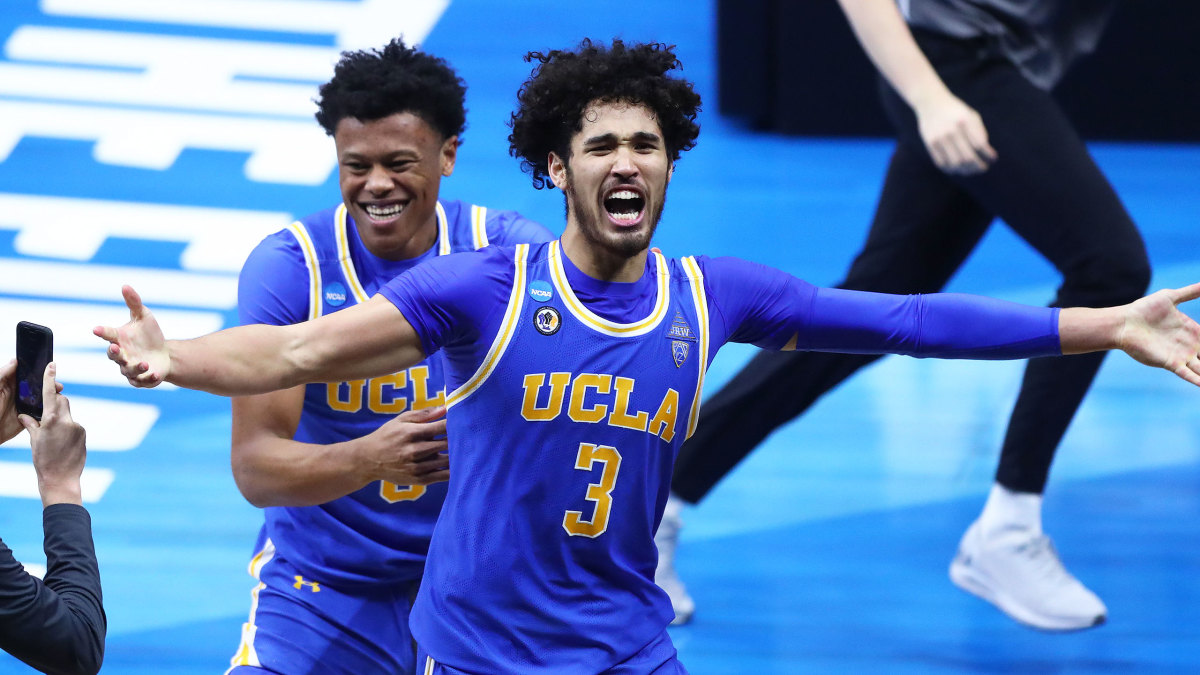 UCLA's Johnny Juzang celebrates an Elite Eight win