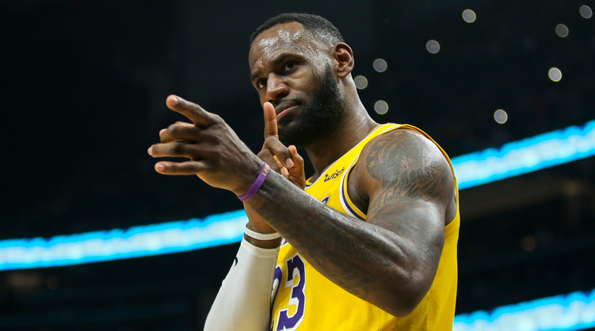 LeBron James Passes Kobe Bryant For Third on All-Time Scoring List