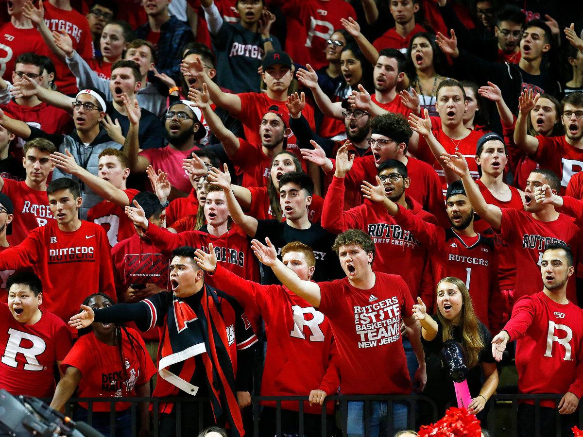 Rutgers basketball fans RAC
