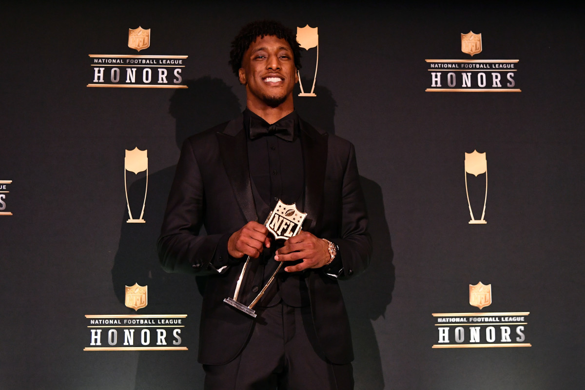 Saints Michael Thomas wins the Offensive Player of the Year Award