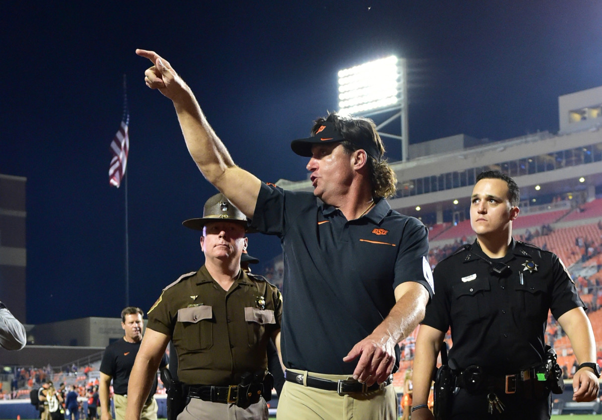 Mike Gundy has his opinion on immediate eligibility for one-time transfers and it doesn't line up with the Big Ten.
