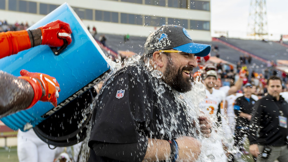 The Lions' boss led the South to a 34–17 win over the Bengals-coached North in the Senior Bowl.