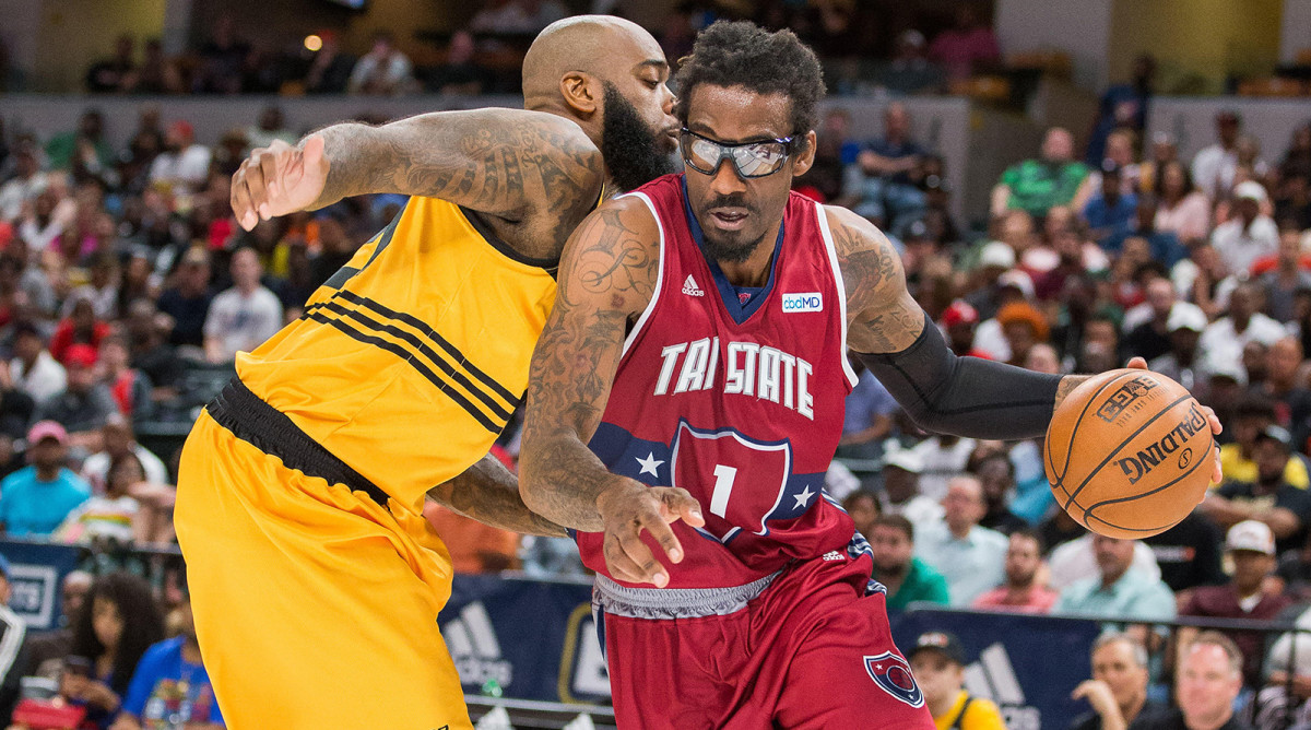 Amar'e Stoudemire is Home (And Playing) Again