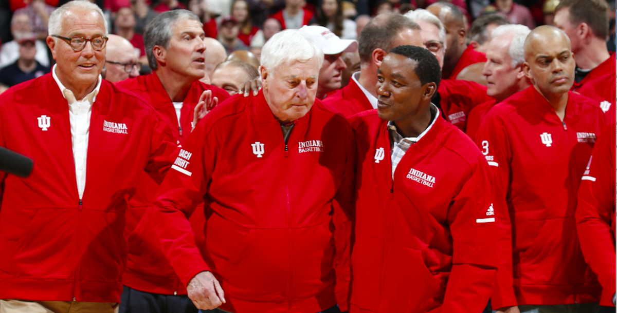 Isiah Thomas (right) has a word with his former Indiana coach Bob Knight during the coach's return to Assembly Hall on Feb. 8, 2020. (USA TODAY Sports)