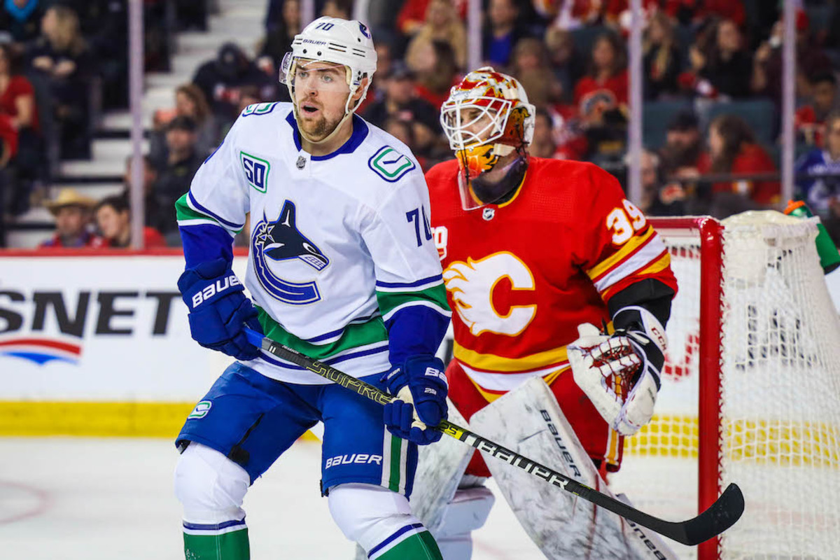 Nhl Picks Expert Best Bets For Flames Vs Canucks More Sports Illustrated