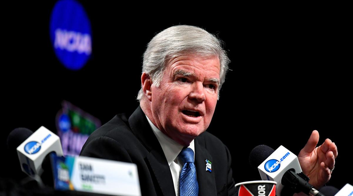 NCAA's Mark Emmert Seeks Senate's Help on Athlete Pay