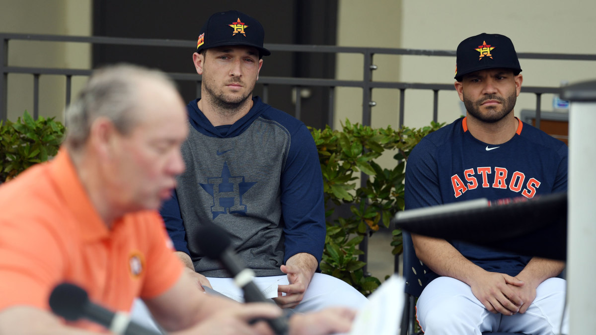 Astros Fumble Yet Another Apology for Cheating