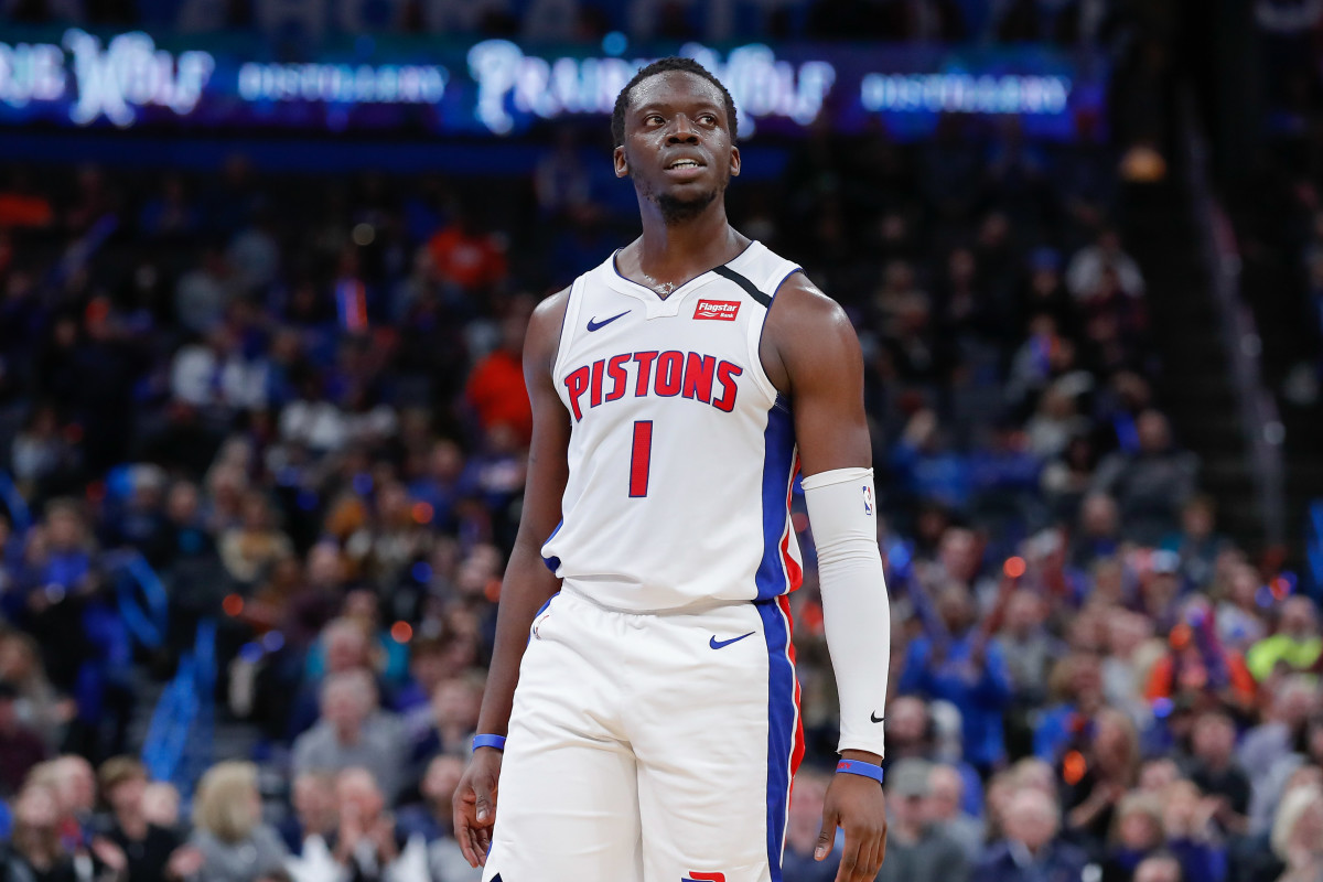 Report: Reggie Jackson Accepts Buyout, Will Join Clippers