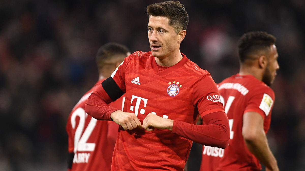 Lewandowski Saves Bayern vs. Last-Place Paderborn
