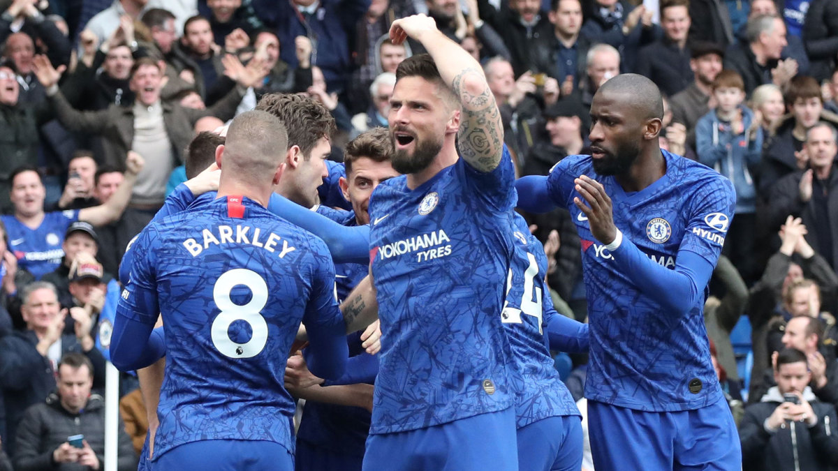 Giroud Gets Unlikely Second Chance at Chelsea