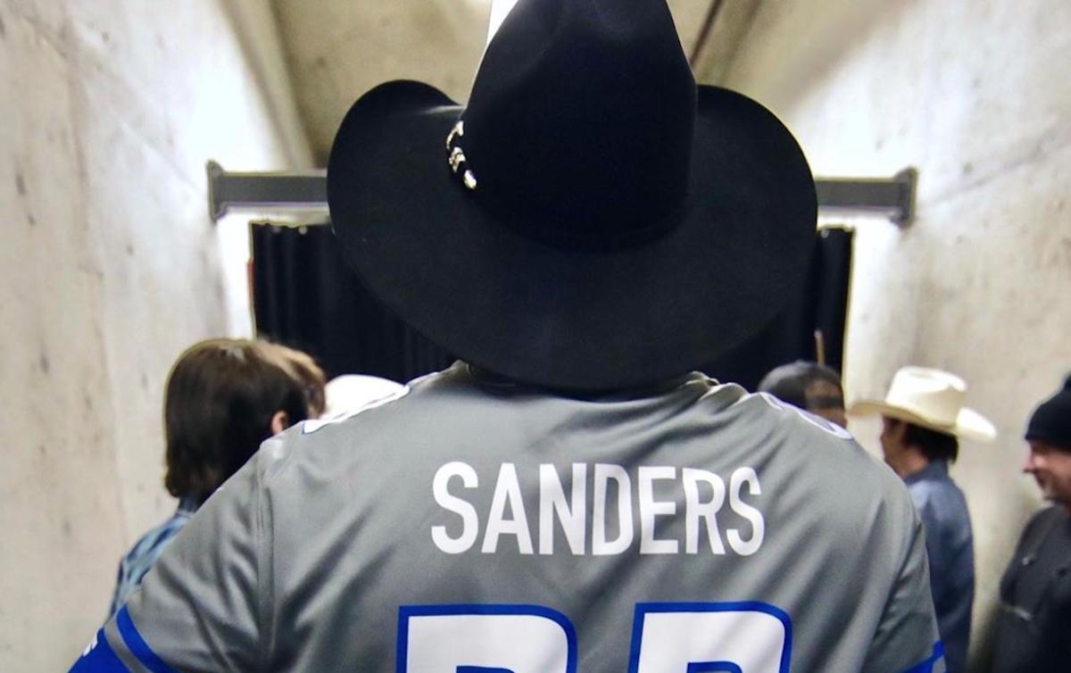 Bernie Bro? Barry Bro? Jersey causes social media outrage for Garth Brooks