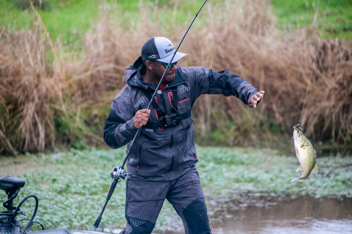Mark Daniels Jr. reeled one in last Friday, helping him build up a lead in the MLF stage three competition. (Phoenix Moore, courtesy Major League Fishing)