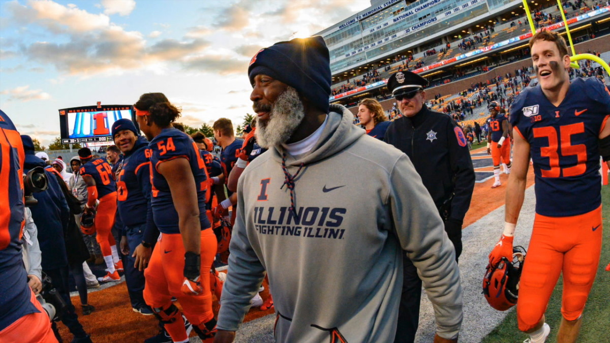 For the first time since taking over the job in 2016, Lovie Smith and his Illinois football coaching staff have quickly turned its attention to the Atlanta area for recruiting help.