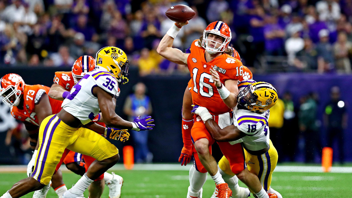 Chaisson (18) led LSU with 6.5 sacks as a junior.