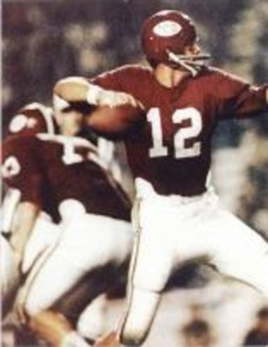 Alabama quarterback Scott Hunter