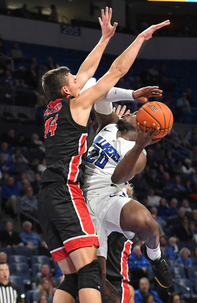 Keith Gillett/Icon Sportswire/AP