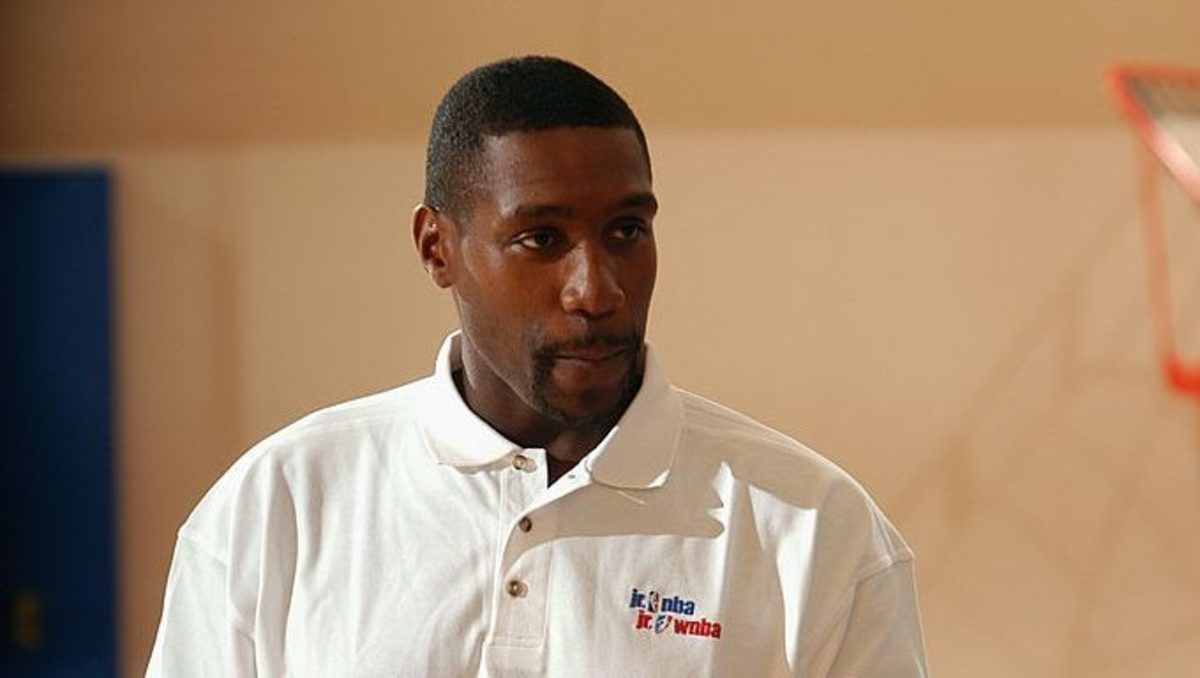 Clippers assistant GM Mark Hughes