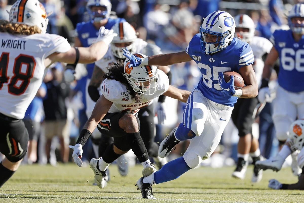 BYU Running Back Sione Finau against Idaho State